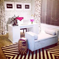 HOME OFFICE:Add a seating area with an upholstered bench, and flank it with a gold garden stool as a side table! Home Office Space, Home Office Design, Office Decor, House Design, Office Ideas, Office Spaces, Small Office, Woman Cave, Home Decor Inspiration