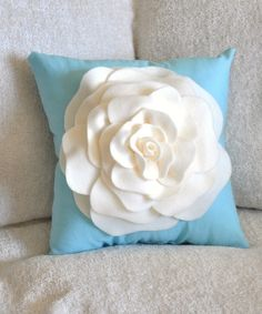 I want to make a chocolate & cream colored one for my couch...