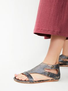 Search Results: leather sandals Search Results Page 1 | Free People Clothing. View the whole collection, share styles with FP Me, and read & post reviews.