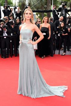 Cannes 2014 alfombra roja: http://www.vogue.mx/galerias/cannes-2014-alfombra-roja/3300/image/1190709