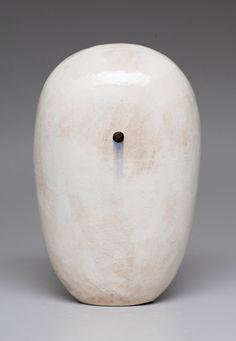 Dango by Jun Kaneko Textile Sculpture, Abstract Sculpture, Sculpture Art, Ceramic Pots, Ceramic Pottery, Glazed Ceramic, Pottery Techniques, China Art, Japanese Ceramics