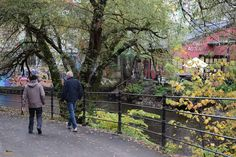 Un paseo junto al Akerselva. Oslo / A walk along the Akerselva river. Oslo, Hipster, The Neighborhood, Walks, Hipsters, Hipster Outfits