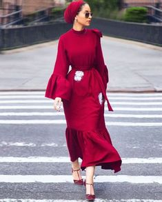For women hijab summer turban style, feminin, street hijab fashion, abaya f Street Hijab Fashion, Abaya Fashion, Modest Fashion, Fashion Dresses, Modest Wear, Modest Dresses, Modest Outfits, Muslim Women Fashion, Islamic Fashion
