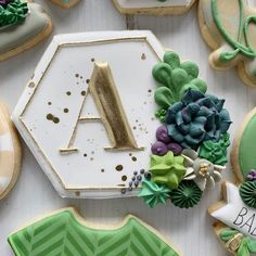 A sweet boy set. This was a fun one! ❤️ All cutters are tagged. Sugar Cookie Icing, Royal Icing Cookies, Sugar Cookies, Iced Cookies, Cute Cookies, Cupcake Cookies, Cookie Time, Cookie Gifts, Dessert Decoration