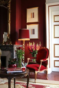 Decor home red interior design Ideas for 2019 Red Interior Design, Home Interior, Interior Office, Office Art, Luxury Interior, Luxury Furniture, Red Home Decor, Red Wall Decor, Living Room Red