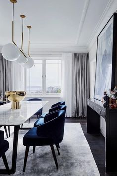 Our Verge Marble Dining Table featuring . Our Verge Marble Dining Table featuring beautifully inside this era Woollahra apartment of Bates Smart director and interior designer Brenton Cumberpatch. Luxury Dining Room, Dining Room Lighting, Dining Room Design, Dining Room Furniture, Blue Dining Room Chairs, Coloured Dining Chairs, Office Chairs, Bedroom Lighting, Design Kitchen