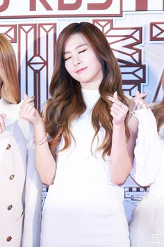 151230 gayo daechukje | Tumblr Kang Seulgi, Red Velvet, Tumblr, Long Hair Styles, Coat, People, Beauty, Fashion, Beleza
