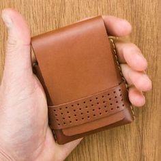 Thin Mens Wallet Slim Mens wallet Mens Wallet Thin Card | Etsy Minimalist Leather Wallet, Slim Leather Wallet, Slim Wallet, Monogram Shop, All Currency, Bank Card, Travel Light, Edge Design, Vegetable Tanned Leather