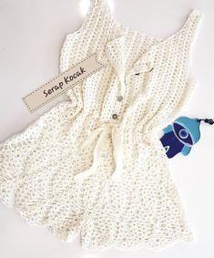 Fabulous Crochet a Little Black Crochet Dress Ideas. Georgeous Crochet a Little Black Crochet Dress Ideas. Diy Crochet Bikini, Crochet Shorts, Crochet Clothes, Crochet Jewelry Patterns, Crochet Designs, Mode Crochet, Bikini Modells, Crochet Woman, Diy Dress