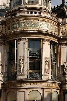 Printemps department store - Paris - what a beautiful building! Oh Paris, I Love Paris, Paris Travel, France Travel, Amazing Architecture, Architecture Details, Parisian Architecture, Monuments, Department Store