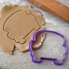 Just Married Car cookie cutter Surger Cookies Recipes, Car Cookies, Fancy Cookies, Italian Biscuits, Just Married Car, Beach Cakes, Fondant Cupcake Toppers, Shortbread Recipes, Chocolate Covered Oreos