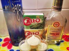 Margarita Pudding Shots! Perfect for Cinco de Mayo or any summer party!