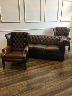 A Fantastic Leather Chesterfield 3 Piece Suite in Chocolate Brown