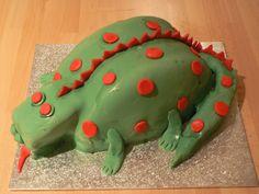 Dinosaur/dragon cake