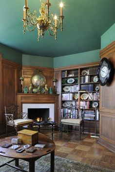 In Fine Style: Aging Gracefully | Amazing woodwork