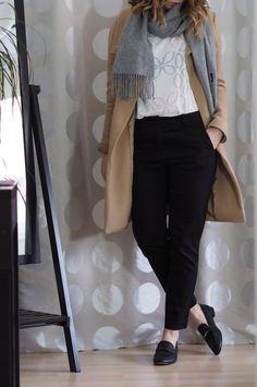 Slacks Beiger Mantel Outfit Winter 2017
