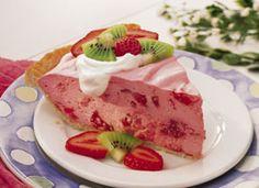 Fluffy Strawberry Pie!!! YUM.