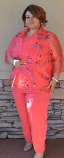 """Maggie Sweet Coral Pink Purple and Turquoise 3-Piece Pants Set Size 2x Polyester Jacket: Width 27""""/Length 30"""" Shell/Blouse: With 25""""/Length 29"""" Pants: Hips 29""""/Length 27"""" - front pockets - elastic waist Stylish fashion"""