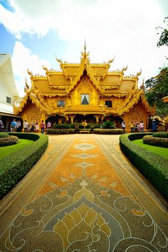 Chiang Rai, in Northern Thailand, is home to what tourists call The White Temple, but is more correctly known as Wat Rong Khun. Thailand Vacation, Thailand Travel, Asia Travel, Vacation Travel, The Places Youll Go, Places To See, Beautiful World, Beautiful Places, Chiang Rai Thailand