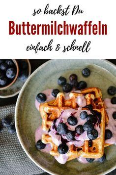 Rezept für dicke Buttermilchwaffeln | die gelingen IMMER!! Sweet Bakery, Brunch, Waffles, Good Food, Vegetarian, Favorite Recipes, Sweets, Dinner, Breakfast
