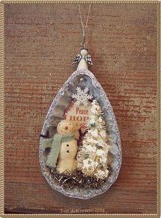 Primitive Snowman Hand sculpted OOAK Vintage Tart Tin Christmas Ornament #NaivePrimitive