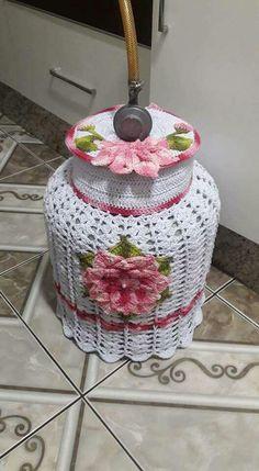 Flores Crochet Kitchen, Crochet Home, Crochet Pillow, Crochet Doilies, Crochet Designs, Christmas Crochet Blanket, Tatting Tutorial, Pillow Cover Design, Crochet Flowers