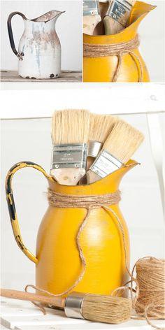 Milk paint tutorial from My Painted Door (.com) - painting on metal Milk Paint Furniture, Painting Laminate Furniture, Painted Furniture, Furniture Refinishing, Furniture Redo, Bottle Painting, Painting Metal, Diy Painting, Silver Spray Paint