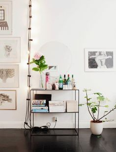 clean minimalist style decor