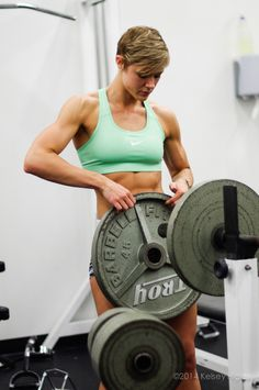 6 Habits Of Female Fitness Models - Fitness Today Boxe Fitness, Fitness Goals, Fitness Motivation, Bodybuilding Memes, Bikini Fitness Models, Bikini Models, Modelos Fitness, Fitness Inspiration Body, Workout Aesthetic