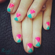 DIY NAILS | Triangle