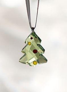 Lewis Leake on Flipboard Swarovski Ornaments, Swarovski Crystal Figurines, Glass Ornaments, Christmas Tree Ornaments, Swarovski Crystals, Santa Decorations, Accesorios Casual, Glass Figurines, Crystal Collection