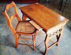 Rare vintage folding lawyers desk - for back when they made house calls... https://www.instagram.com/p/BH0LzWiAGwV/#utm_sguid=126328,05958489-2e8a-85f8-9f6b-dd7c69b94220