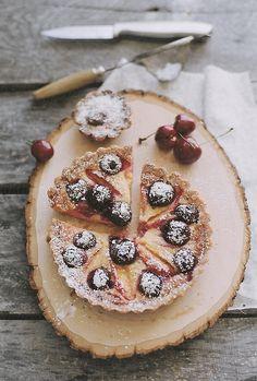 Stone Fruit Tart by julie marie craig // Flickr
