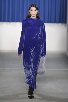 http://www.vogue.com/fashion-shows/berlin-fall-2017/perret-schaad/slideshow/collection
