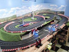 Isra 2017 - slot racing world championship Slot Car Tracks, Slot Car Racing, Game Logo, Carrera Slot Cars, Hot Wheels, Minions, Las Vegas, Superstar, Parks