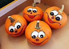 Looking for fun Halloween activities for your child? From spooky stories to haunted houses, we have great Halloween programs lined up for children. Halloween Tags, Halloween Pumpkins, Halloween Crafts, Halloween Ideas, Halloween Decorations, Halloween Painting, Vbs Crafts, Halloween Cookies, Fall Crafts