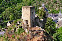 Chateau esch sur sure 1.jpg