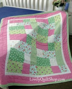Pink Green Roses Daisy Patchwork Quilt