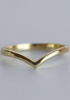 18k Gold Chevron Ring