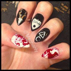 Dark nail art | creepy nail art