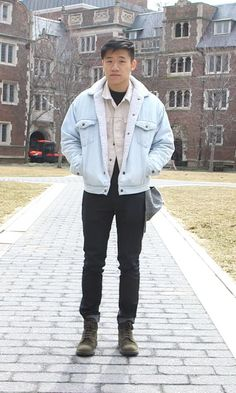 CAMPUS FASHION with Teen Vogue.