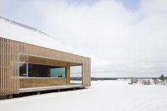The Riihi house designed by Helsinki studio OOPEAA Office for Peripheral Architecture is located in Luomaaho in Alajärvi a small village in Southern Cabinet D Architecture, Minimal Architecture, Residential Architecture, Contemporary Architecture, Architecture Design, L Shaped House, Wooden Facade, Wood Cladding, Villa
