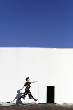 Porta bicicleta de pared – La Vida en Craft Wall Mount Bike Rack, Indoor Games, Image, Home Decor Ideas, Decorating Ideas, Diy Wall Decorations, Hand Embroidery Designs, Decorative Mirrors, Doilies