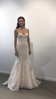 Bliss Monique Lhuillier - BL17100 @ Town & Country Bridal Boutique - St. Louis, MO - www.townandcountrybride.com