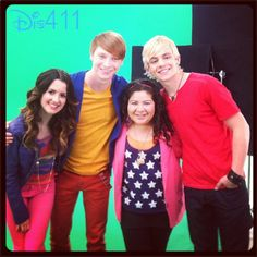 """Raini Rodriguez shared this super nice photo of herself with her """"Austin & Ally"""" co-stars, Laura Marano, Calum Worthy and Ross Lynch, today (March Disney Channel Shows, Disney Shows, Ross Lynch, Riker Lynch, Austin E Ally, Raini Rodriguez, Laura Marano, Kids Tv, Celebrity Dads"""