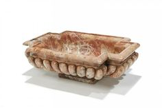 Rose marble basin, second half 17th century, French school