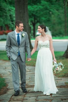 Newlyweds portrait at Chevy Chase circle in Washington DC