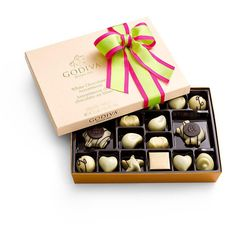 GODIVA White Chocolate Assortment Gift Box Limited Edition Ribbon 24 Pc - $31.99 - FREE SHIPPING