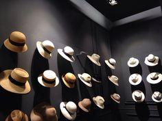 Hotspot in Milan: Borsalino Store - Helena Bordon Hat Display, Display Design, Hat Stores, Spring Racing, Hat Shop, Summer Hats, Deco, Visual Merchandising, Mad Hatters