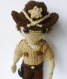 Rick Grimes from The Walking Dead Amigurumi Rick Grimes, Crochet Dolls, Knit Crochet, Amigurumi Patterns, Crochet Patterns, Nerd Crafts, Stuff And Thangs, Crochet Animals, The Walking Dead
